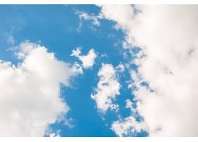 令人惊叹的美丽的云彩天空_10995903