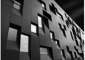 一座富有创意的现代建筑的低角度拍摄具有_9759703