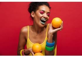 食物时尚快乐的混血女子化妆五颜六色手_6730000