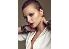 晚妆红唇白夹克漂亮时尚黑发女模肖像_7121924