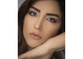 化妆优雅的女模特_7412655