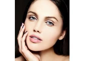 迷人的特写美人肖像美丽性感的高加索年轻女_7200489
