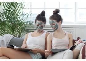 面膜美容护肤理念的女性_7758845