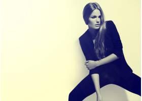 高级时尚造型穿着黑布的漂亮性感时髦的高_7251365