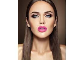 美女模特的感官魅力写真清新的日常妆容_6883024