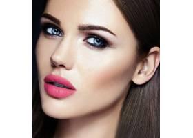粉红色唇色健康脸部的美女模特美人感官魅_6766441