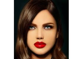 美丽性感时尚的高加索年轻女模的肖像嘴唇_6765688