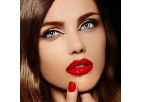美丽性感时尚高加索红唇年轻女模魅力特写_6765648