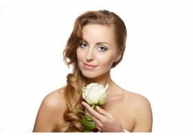 白色上挂着白玫瑰的性感微笑美女肖像_6523244