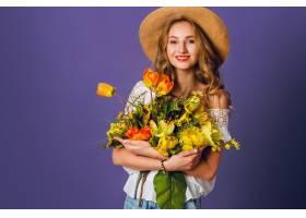 工作室时尚写真漂亮的金发女子戴着草帽_9331262
