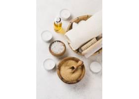 含盐和油的特写温泉浴巾_6984244