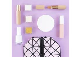 化妆美容产品和手袋_9062797