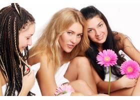 一群漂亮的年轻女子_6284607