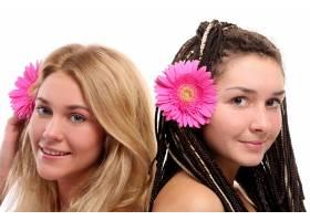 一群漂亮的年轻女子_6285837