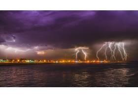 葡萄牙埃波森德市海洋上空令人惊叹的强烈闪_1265135201