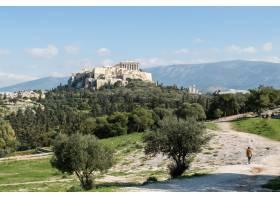 白天希腊雅典不朽的菲洛帕普山的美丽镜头_992721701