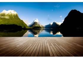 米尔福德健全的新西兰旅游目的地概念_322465401