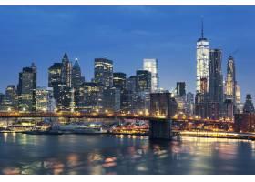 纽约市曼哈顿市中心黄昏时分与布鲁克林大_1048011101