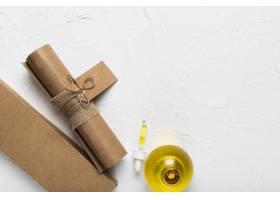 水疗中心的纸袋和芳香的油_5503025