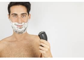 笑脸男刮胡子_1172337