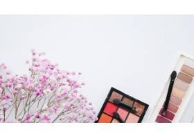 化妆工具和眼影_4166690