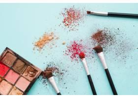 化妆工具和眼影_4166696