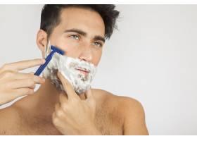 男模特刮胡子_1172339
