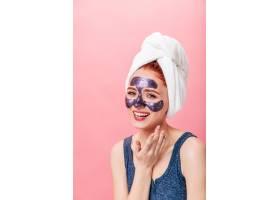 令人惊叹的高加索女孩在做护肤治疗工作室_12885527