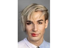 男子半张脸化妆的肖像_11504487