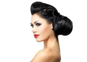 留着漂亮发型涂着红色口红的时尚女性_11961634