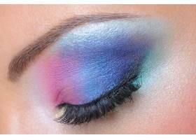 女性眼部靓丽亮丽的时尚妆容微距拍摄_11181981