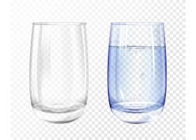 逼真的空玻璃杯和透明背景上蓝水的杯子_2890860