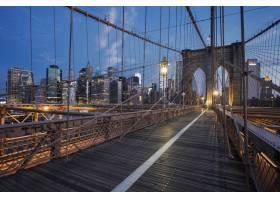 纽约日出时的布鲁克林大桥_10480197