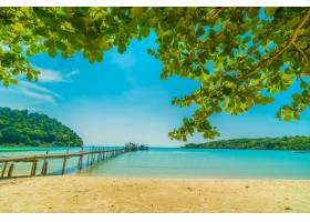 美丽的热带海滩和大海_4123350