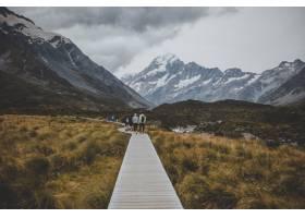 漫步在胡克山谷小径上可以看到新西兰的库_10499980