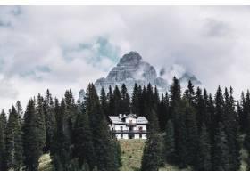 意大利三峰自然公园的山地景观_13006162