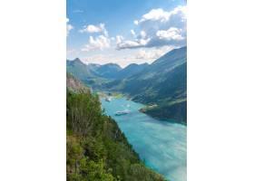 挪威Geirangerfjord景色的垂直鸟瞰_12859282