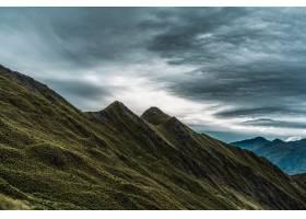 历史悠久的罗伊峰令人叹为观止的景色触动了_10759354