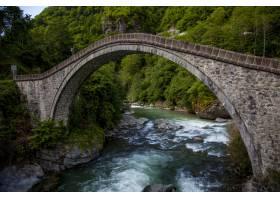 在土耳其arhavi kucukkoy村拍摄的桥梁美景_12651327