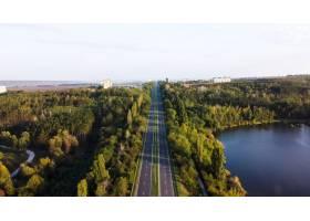 无人驾驶飞机航拍摩尔多瓦的自然景观沿途_12875390