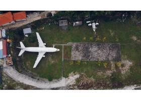 从一架无人机上拍摄到的巴厘岛失事飞机_7722124