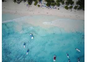 从高空俯瞰多米尼加共和国某处金色海滩上的_1275102