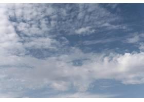 渐变蓝天白云_12108672
