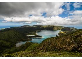圣米格尔岛上的皮科火山火山口的火湖或拉戈_10611162
