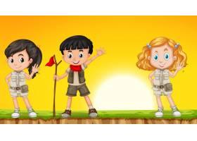 儿童在大自然中徒步旅行_4428801
