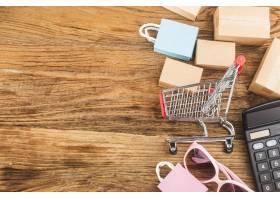 消费者使用网络购物概念_10622911