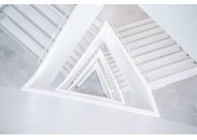 白色抽象建筑的宽阔镜头_13292361