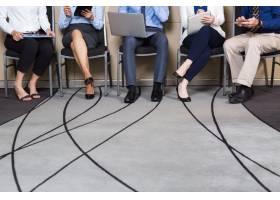 商务人士坐成一排的裁剪视图_999252