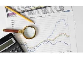 财务要素和图表的排列_11621107