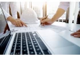 建筑项目工程师会议与合作伙伴合作_1211565